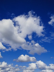 edwards-jason-white-fluffy-clouds-near-carnarvon-national-park-in-queensland[1]