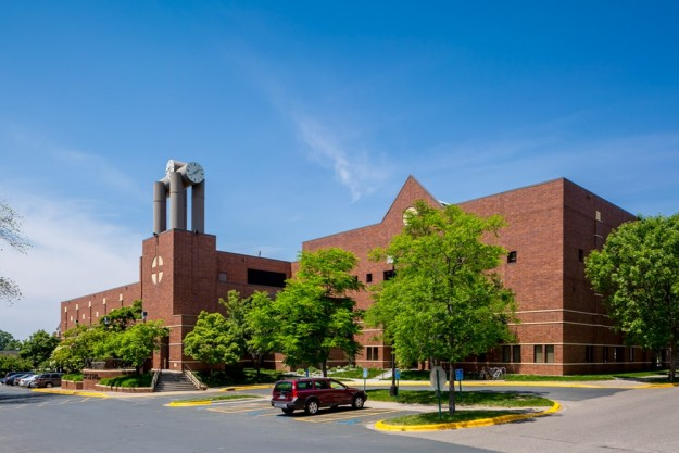 St. Catherine University's Aimee and Patrick Butler Center for Sports and Fitness in St. Paul, MN (Source: The Opus Group)