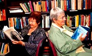 Maria Segal and Ursula Mahlendorf