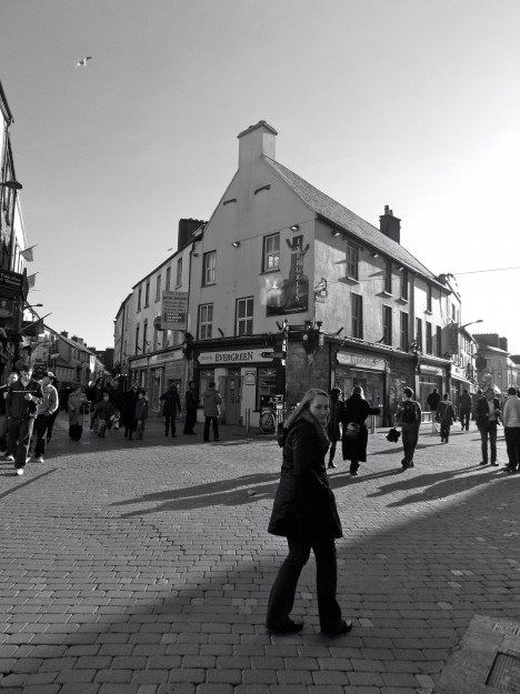 Galway City: Shopping District.  Home of the Claddagh ring and home of a lot of fluffy, woolly sheep that lend to sweaters, hats, scarves and mittens.